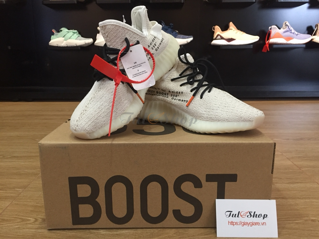 Adidas Yeezy boost 350 V2 off white cream trắng dây đen nam, nữ