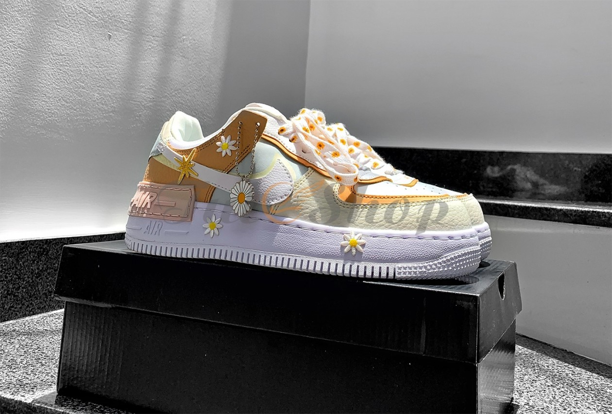 Nike Air Force 1 Shadow SE 'Daisy' Spruce Aura Custom