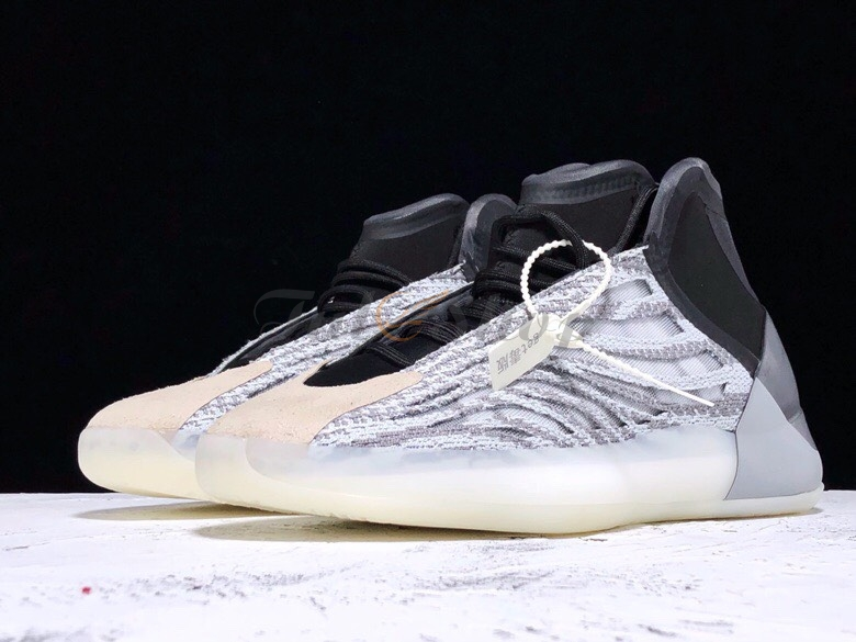 Shoes Yeezy Basketball 'Quantum' của Kanye West sắp ra mắt 2019